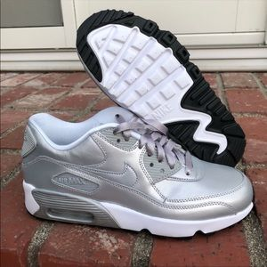 Nike Air Max 90 SE Silver Leather Size 8
